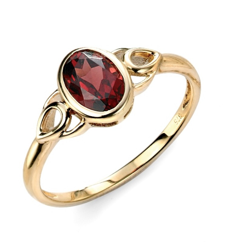 YELLOW GOLD CELTIC GARNET RING